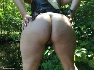 Outdoor Ass Porn